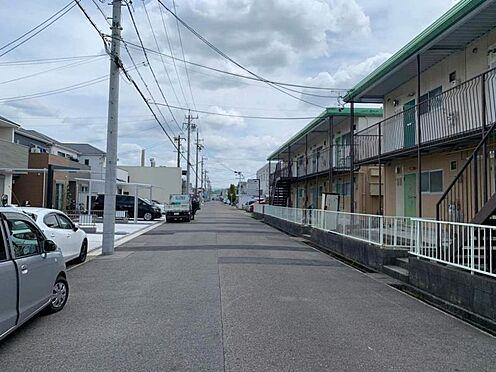 土地-春日井市下条町2丁目 前面道路幅員約8.0mで駐車も安心です!