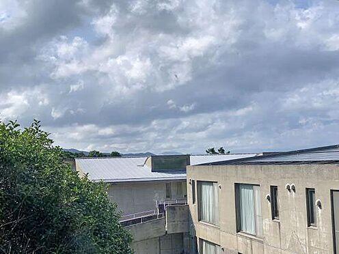中古マンション-伊東市富戸 ≪眺望≫ 晴れた日には北西方面に富士山を望む事もあります。