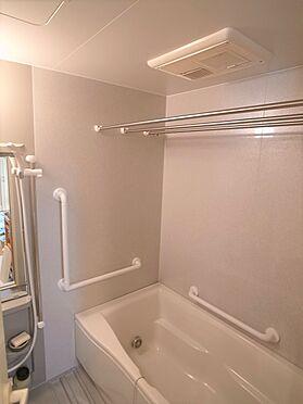中古マンション-横浜市港南区野庭町 浴室掲載中の家具、調度品等は販売価格に含まれません