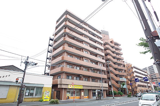 中古マンション-横浜市南区井土ケ谷下町 現地外観 オートロックシステムで防犯面安心です。
