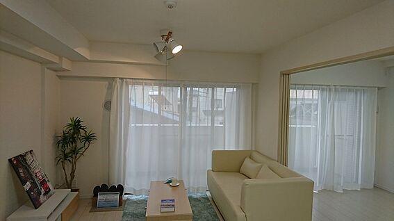 中古マンション-越谷市大字大房 ※配置されているインテリア家具はディスプレイ用です