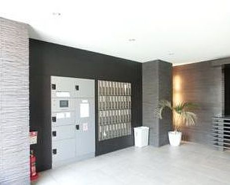 マンション(建物一部)-大阪市淀川区新北野3丁目 便利な宅配ボックス