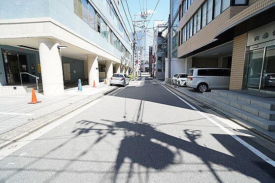 区分マンション-福岡市中央区薬院3丁目 前面道路