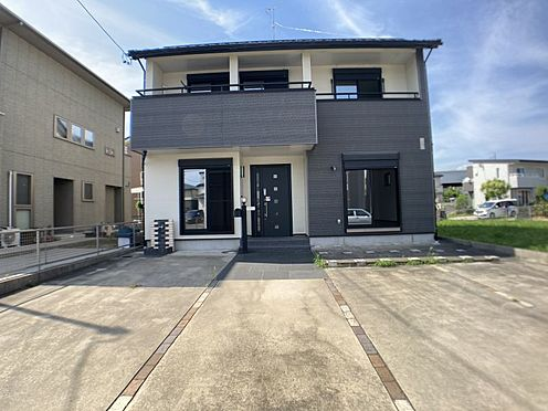 戸建賃貸-一宮市伝法寺3丁目 敷地面積54.65坪とゆとりのある住宅です。南側道路につき日当りも良好。
