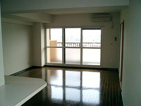 マンション(建物一部)-本庄市東台1丁目 居間