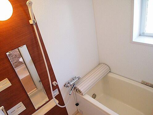 中古マンション-横浜市緑区霧が丘6丁目 浴室に窓あり、換気も安心