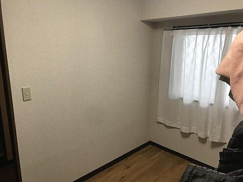 中古マンション-名古屋市中区栄3丁目 採光の明るい洋室