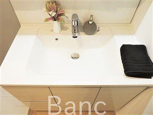 区分マンション-横浜市保土ケ谷区和田2丁目 機能性が良く使い勝手がよい洗面台。