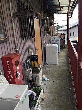 アパート-磐田市西貝塚 2階の部屋の通路の様子
