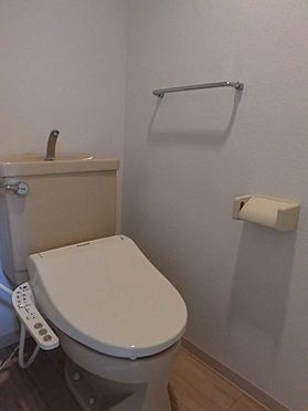 中古マンション-大和市南林間1丁目 シャワー付きトイレです。(新規ウォシュレット取付済)※2020.2.1の賃貸前