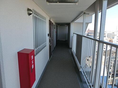 マンション(建物一部)-足立区西新井本町3丁目 廊下です。