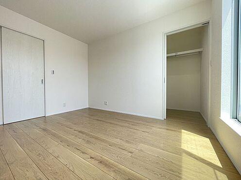 戸建賃貸-西尾市平坂町丸山 収納完備でお部屋を広く使用できます。(同仕様)