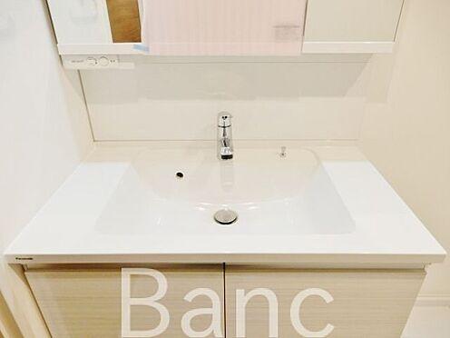中古マンション-江東区辰巳1丁目 使い勝手の良い独立洗面台です。