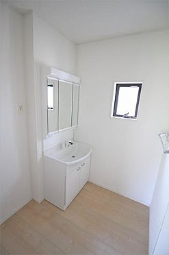 新築一戸建て-仙台市太白区八本松1丁目 洗面