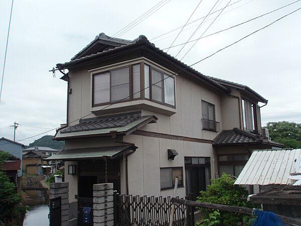 兵庫県姫路市飾磨区妻鹿