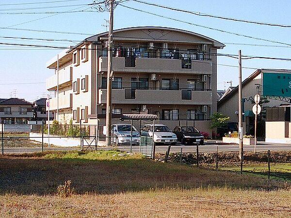 愛知県弥富市鯏浦町下六