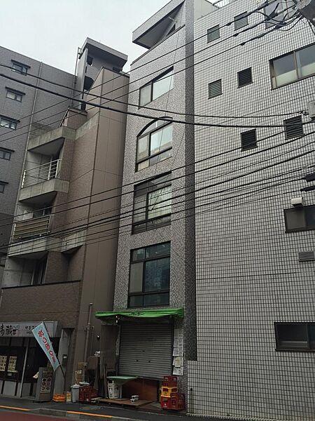 東京都新宿区払方町