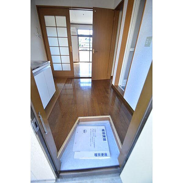 画像12:玄関
