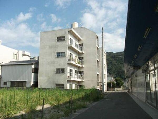 徳島県徳島市佐古八番町