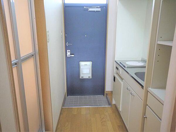 画像18:玄関