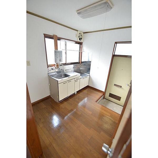 画像6:キッチン
